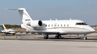 A picture of N320SG - Bombardier CL601 Challenger - [5118] - © Oliver Richter