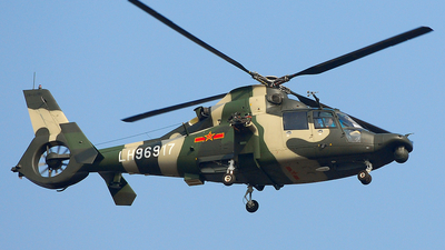 LH96917 - Harbin Z-9WA - China - Army