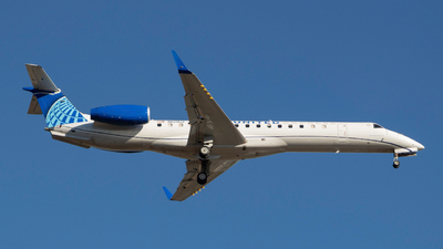 A picture of N12160 - Embraer ERJ145XR - United Airlines - © aviatorteemo