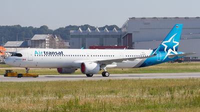 A picture of DAVZT - Airbus A321 - Airbus - © RobertLN