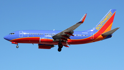 N762SW - Boeing 737-7H4 - Southwest Airlines