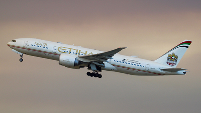 A6-LRC - Boeing 777-237LR - Etihad Airways