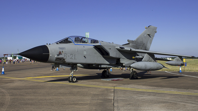 MM7040 - Panavia Tornado IDS - Italy - Air Force