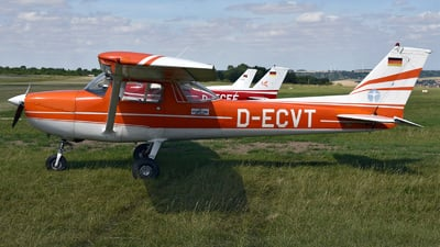 D-ECVT - Reims-Cessna F150L - Private