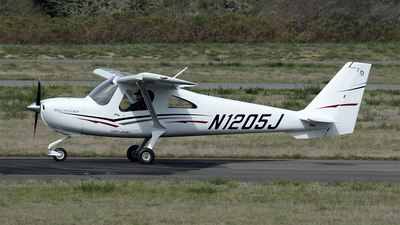 N1205J - Cessna 162 SkyCatcher - Private