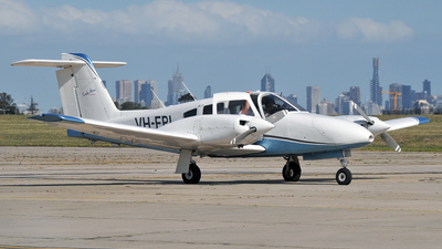 VH-FPI - Piper PA-44-180 Seminole - Private