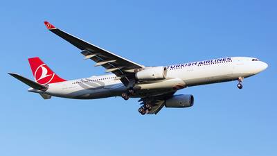 A picture of TCLOA - Airbus A330343 - Turkish Airlines - © Mihai Cioponea