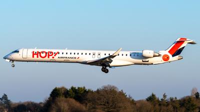 A picture of FHMLO - Mitsubishi CRJ1000EL - Air France - © Alexandre Raineau