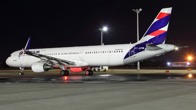 A picture of PTXPM - Airbus A321211 - LATAM Airlines - © Janna Andrade