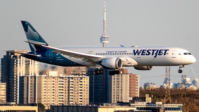 A picture of CGURP - Boeing 7879 Dreamliner - WestJet - © Derek MacPherson