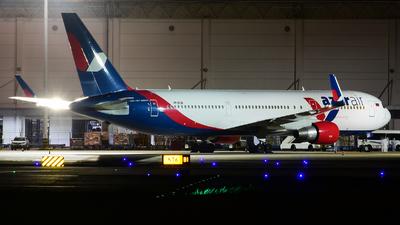 VP-BXW - Boeing 767-3Q8(ER) - Azur Air