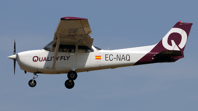 EC-NAQ - Cessna 172S Skyhawk SP - Quality Fly