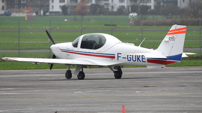 F-GUKE - Grob G120AF - EADS Cognac Aviation Training Services