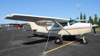 A picture of N5670 - Cessna 182J Skylane - [18256905] - © C. v. Grinsven