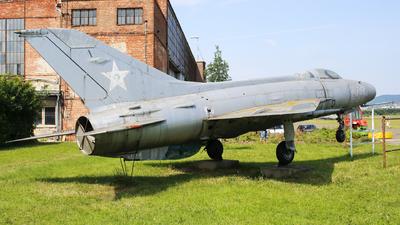 305 - Mikoyan-Gurevich MiG-21F Fishbed-B - Hungary - Air Force