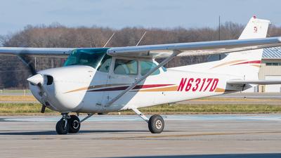 A picture of N6317D - Cessna 172N Skyhawk - [17272715] - © David Dupuis