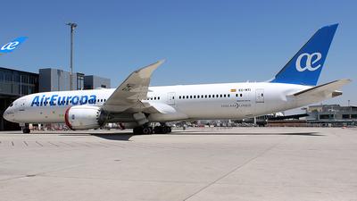A picture of ECMTI - Boeing 7879 Dreamliner - Air Europa - © La Roche Spotters