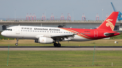 A picture of B6571 - Airbus A320232 - Shenzhen Airlines - © Mel_Ben_Li