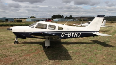 G-BYHJ - Piper PA-28R-201 Arrow II - Private