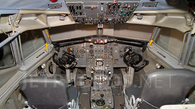 SIMULATOR - Boeing 727-100 - Phoenix East Aviation