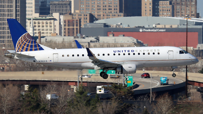 A picture of N743YX - Embraer E175LR - United Airlines - © Xiamen Air 849 Heavy