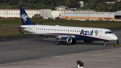 A picture of PRAUM - Embraer E195AR - Azul Linhas Aereas - © Luiz Felipe Buiar