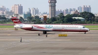 B-28035 - McDonnell Douglas MD-82 - Far Eastern Air Transport (FAT)