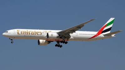 A6-ENJ - Boeing 777-31HER - Emirates