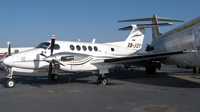 XB-JZP - Beechcraft 200 Super King Air - Private