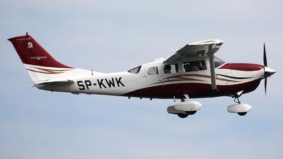 SP-KWK - Cessna T206H Stationair TC - Private