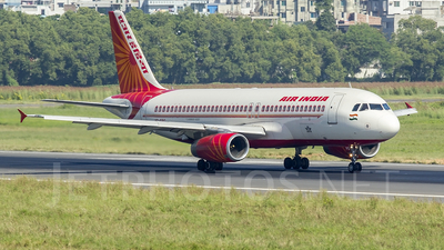 VT-EPG - Airbus A320-231 - Air India