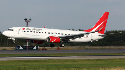 VQ-BRF - Boeing 737-808 - Royal Flight