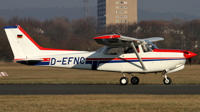D-EFNC - Cessna 172RG Cutlass RG - Private