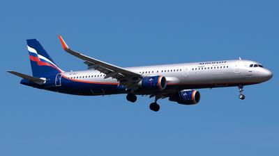 VP-BAY - Airbus A321-211 - Aeroflot