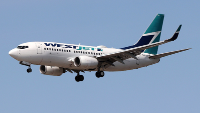 A picture of CGWJT - Boeing 7377CT - WestJet - © Guy Langlois