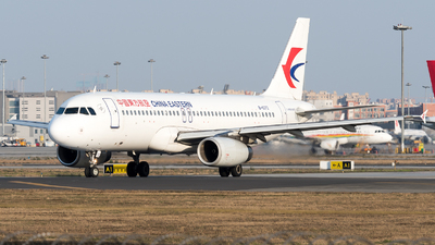 A picture of B6372 - Airbus A320232 - China Eastern Airlines - © ShirokaneRinko