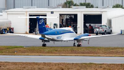 N850UP - Beechcraft B300 King Air 350 - Wheels Up