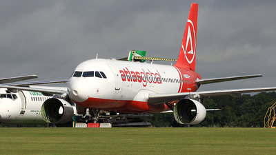 OE-IKW - Airbus A320-233 - AtlasGlobal