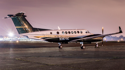 N387SC - Beechcraft B300C King Air 350C - Private