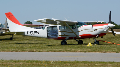 F-GLPN - Cessna T207A Soloy Turbine 207 - Private