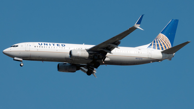 A picture of N37273 - Boeing 737824 - United Airlines - © Yan777
