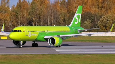 A picture of VQBSC - Airbus A320271N - S7 Airlines - © Alexander Tarasenkov