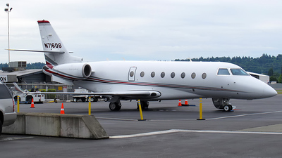 A picture of N716QS - Gulfstream G200 Galaxy - NetJets - © Dave Lu