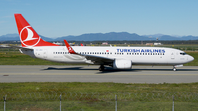 A picture of TCJGU - Boeing 7378F2 - Turkish Airlines - © paoloz99