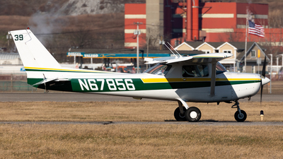 A picture of N67856 - Cessna 152 - [15282061] - © HAOFENG YU