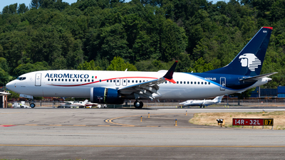 A picture of N109JS - Boeing 737 MAX 8 - Aeromexico - © Nick Sheeder