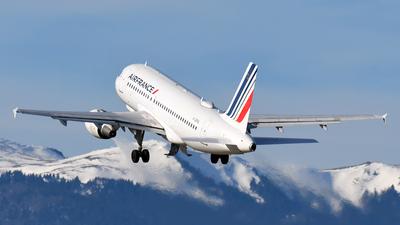 A picture of FGRHL - Airbus A319111 - Air France - © Paul Denton