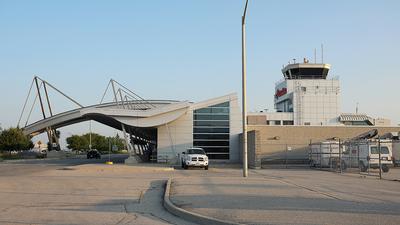 CYXU - Airport - Terminal