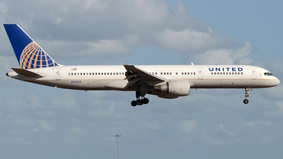 N524UA - Boeing 757-222 - United Airlines
