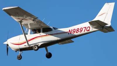 A picture of N9897Q - Cessna 172M Skyhawk - [17265841] - © SakaiWakana